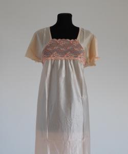 Dámská noční košile Rút K meruňka- dvoubarevná krajka